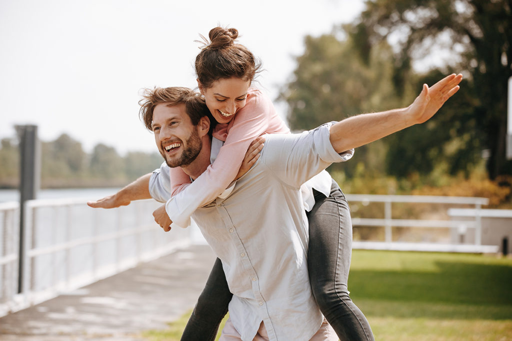 How to emotionally available in a relationship